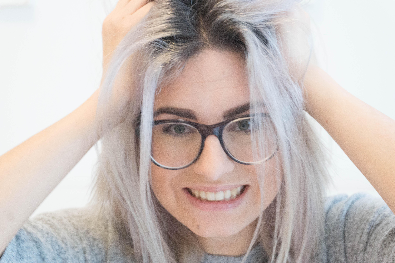 Juliabrillengesicht-5